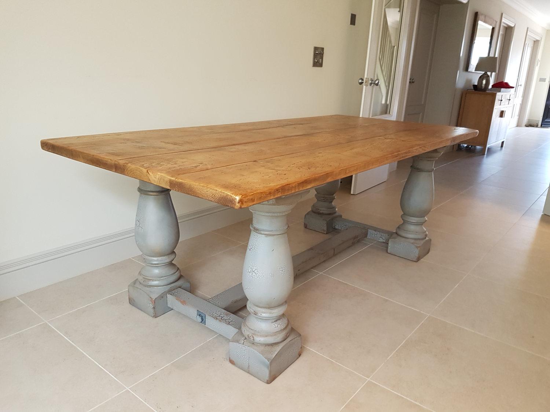 Ballustrade Leg Table