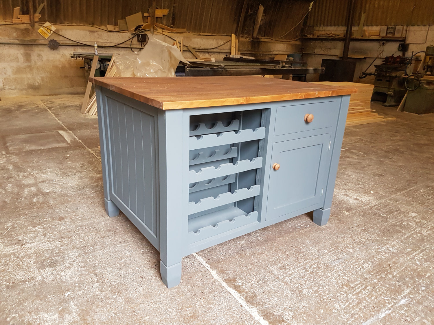 Kitchen Islands Made to Order