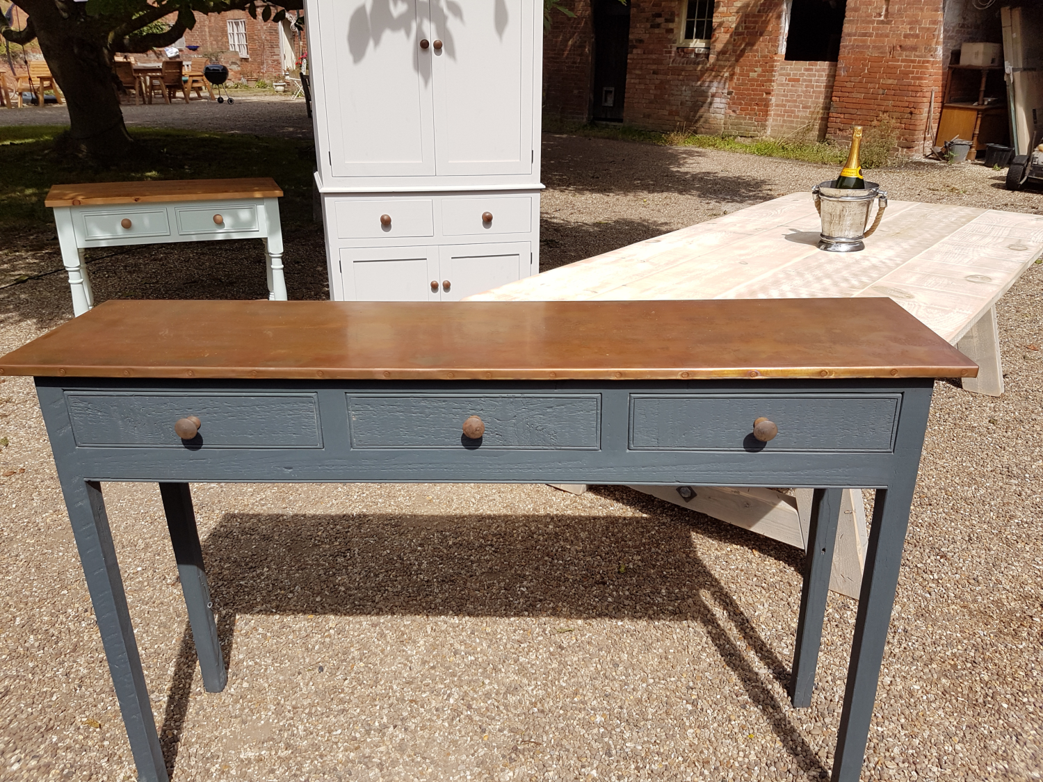 We can make these console tables to order. Any colour and size.....