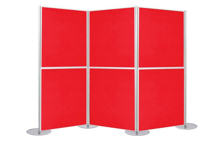 Display boards zig zagged