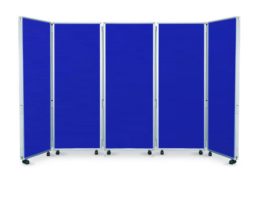 Set up display boards in a U shape or zig-zag formation