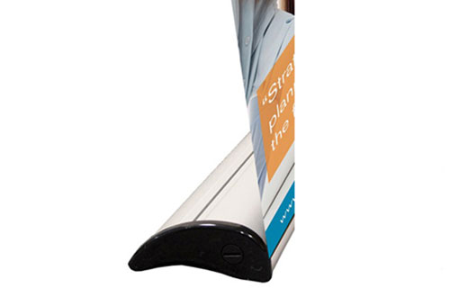 The V5000+ roller banner has a stylish silver base unit with black end caps