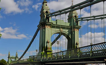Hammersmith Bridge Re-Opens to Pedestrians and Cyclists