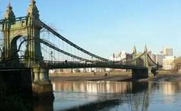 Hammersmith Bridge Closed (August 2018)