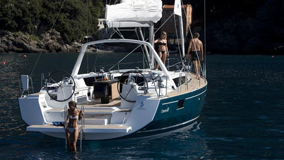 Sailboat charter Greece last minute discounts