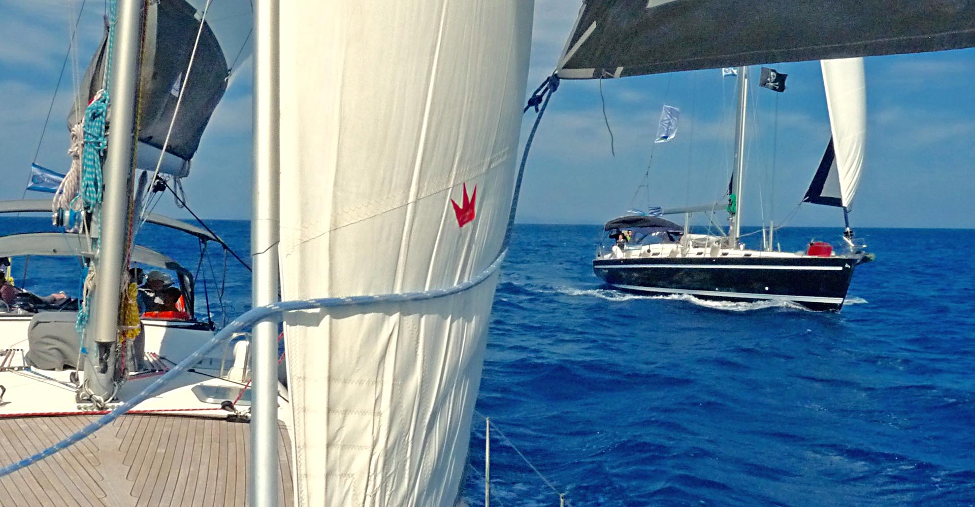 Sailing tour last minute discounts